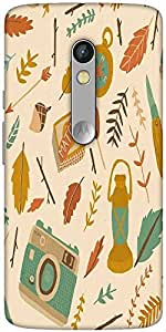 Snoogg Traveller Pattern Designer Protective Back Case Cover For Motorola Mot...