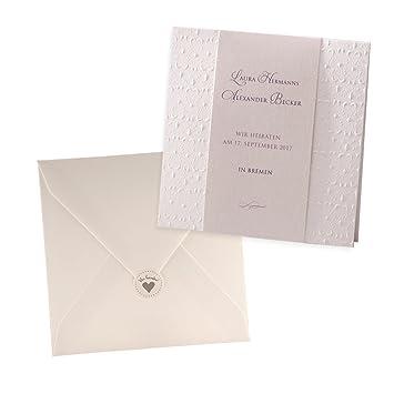 Klassische Einladungskarte Anni für Hochzeit Creme mit Herz