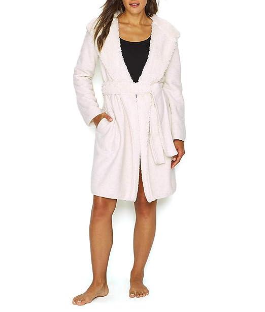 Amazon.com: UGG Portola - Bata reversible para mujer: Clothing