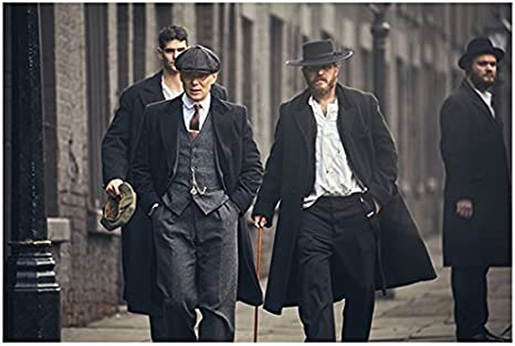 Cillian Murphy 8 Inch X 10 Inch Photograph Peaky Blinders Tv Series 2013 Walking Down Street W Tom Hardy Kn At Amazon S Entertainment Collectibles Store