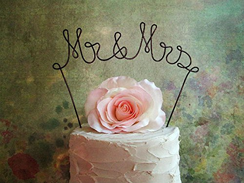 MR & MRS Wedding Cake Topper in OXIDIZED COPPER Finish Wire, Wedding Cake Decoration by AntoArts