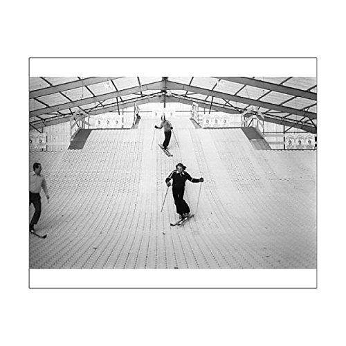 Media Storehouse 10x8 Print of Skiing - New Ski-Slope - Lord s Cricket Ground - London (12445159) PA Images