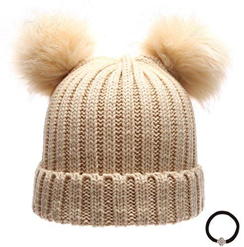 Women's Winter Chunky Knit Double Pom Pom Beanie Hat With Hair Tie. ()