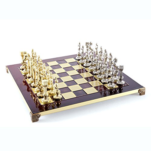 (Manopoulos Renaissance Chess Set - Gold-Silver - Red Board)