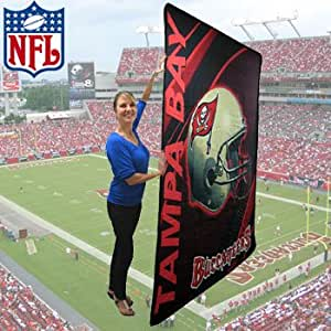 RN79925 NFL DOUBLE SIDED PLUSH BUCCANEER BLANKET