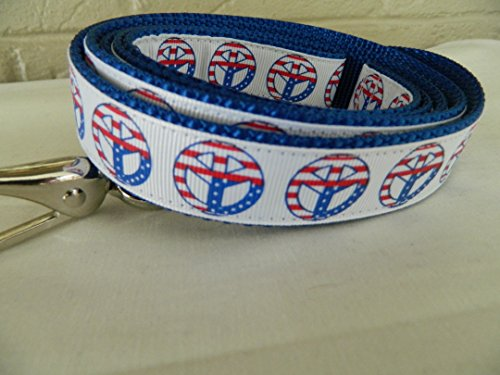 Schmoopsie Couture Patriotic Peace Signs Dog Leash (1