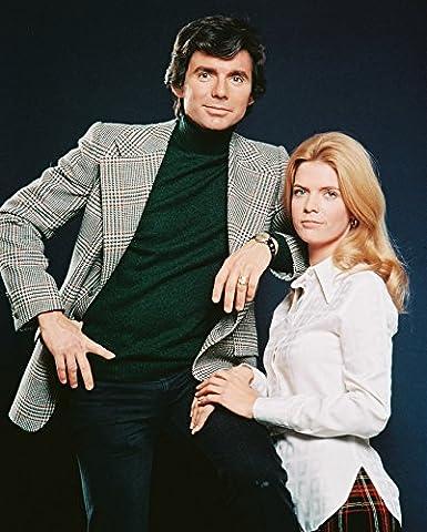 Meredith Baxter, David Birney Bridget Loves Bernie 1970 Tv Series 16x20 Canvas (Bridget Loves Bernie)