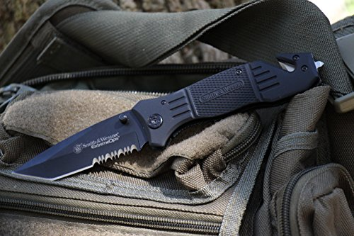 Smith-Wesson-SWFR2S-8in-High-Carbon-SS-Folding-Knife-with-33in-Tanto-Point-Serrated-Blade-and-Aluminum-Handle-for-Outdoor-Tactical-Survival-and-EDC