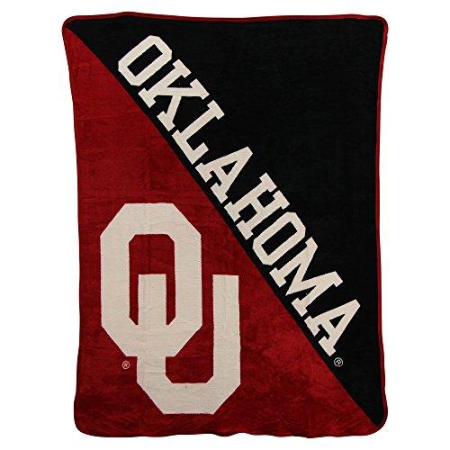 Classic Team Throw Blanket (NCAA Collegiate