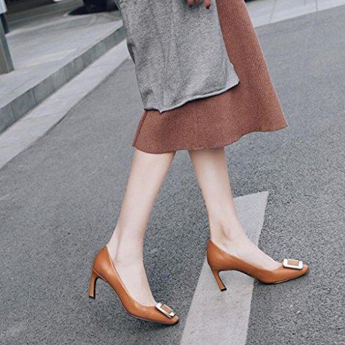 GAOLIXIA mujeres de lentejuelas de tacones altos bombas Sandalias de punta cuadrada de cuero partido hebilla de la corte Zapatos Caramel colour