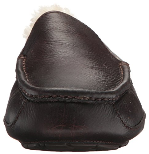 UGG Australia Ascot Slippers (16 M, China Tea Leather) China Tea Leather