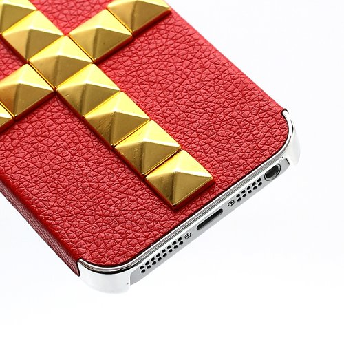 "iProtect Premium Schutzhülle / Case / Cover / Hardcase / Hard Skin für das iPhone 5 in der ""Pyramid Cross Leather Edition"" - punkiges Design und garantierter Hingucker mit aufgesetzten Nieten / Spikes"