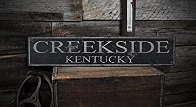 CREEKSIDE, KENTUCKY - Rustic Hand-Made Vintage Wooden USA City Sign
