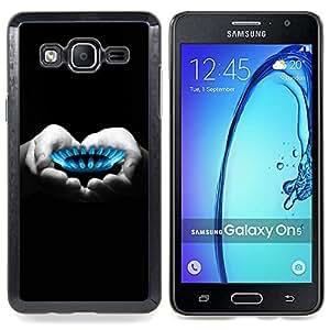 /Skull Market/ - Gas Flame Heart Hands Black White Deep For Samsung Galaxy On5 SM-G550FY G550 - Mano cubierta de la caja pintada de encargo de lujo -