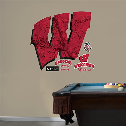 Wisconsin Badgers Ncaa Peel - NCAA Wisconsin Badgers Realtree Logo Fathead Real Big Decals, 48