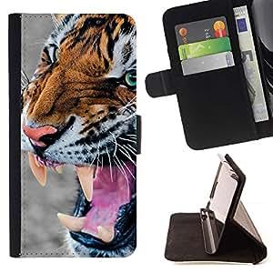 Momo Phone Case / Flip Funda de Cuero Case Cover - Tigre enojado Rugido Caza Piel animal - Motorola Moto E ( 2nd Generation )