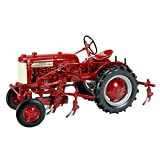 International Harvest Farmall Cub with Cultivator 1/16 by Speccast ZJD1792