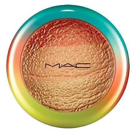 MAC Wash and Dry Freshen Up Highlight Face Powder