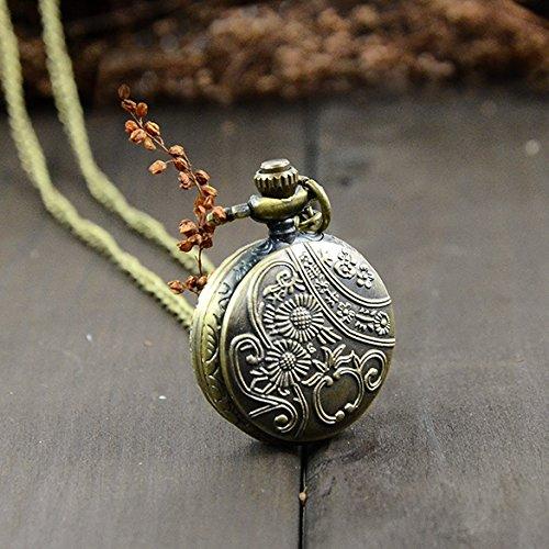 Vintage Pocket Watch, Retro Style Bronze Steampunk Quartz Necklace Pendant Chain Clock Pocket Watch Chrysanthemum Sunflowers Hollow