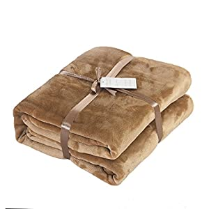 Caitlin White Throw Blanket for Couch/Sofa/Bed,Luxury Super Soft Microplush Velvet by Caitlin White