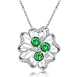 White Gold With Green Tsavorite Diamond Pendant