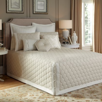 Nostalgia Home 754605101449 Bedspread, King, Taupe