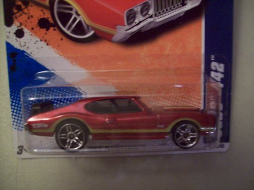 - Hot Wheels 2010 Hot Auction 1970 Olds 442