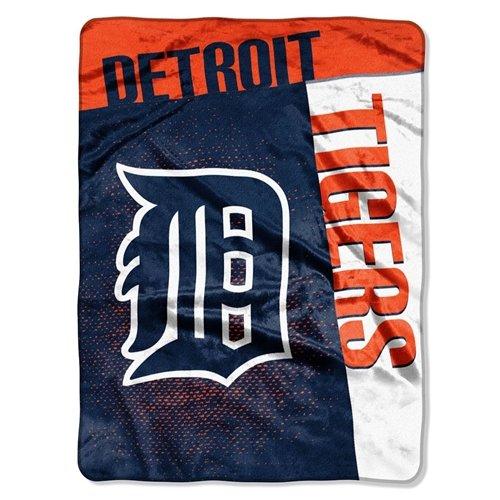Detroit Tigers Bed (Detroit Tigers 60''x80'' Royal Plush Raschel Throw Blanket - Strike)