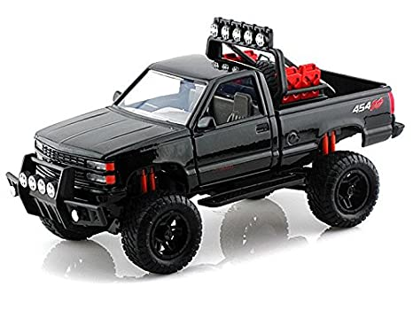 Amazon com: 1992 Chevy 454 SS Pickup Off Road 1/24 Black: Toys & Games