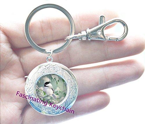 Chickadee In Spring Locket Key Ring & Locket Keychain High Quaity Bronze Chain Long Fashion Heart Locket Keychain For - Provincial Spring