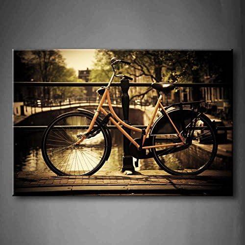 Amsterdam Holland Romantic Canal Bridge Retro bicicleta casco ...