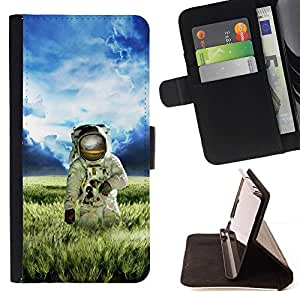 DEVIL CASE - FOR Samsung Galaxy S4 IV I9500 - Astronaut Cosmonaut In Fields Grass - Style PU Leather Case Wallet Flip Stand Flap Closure Cover