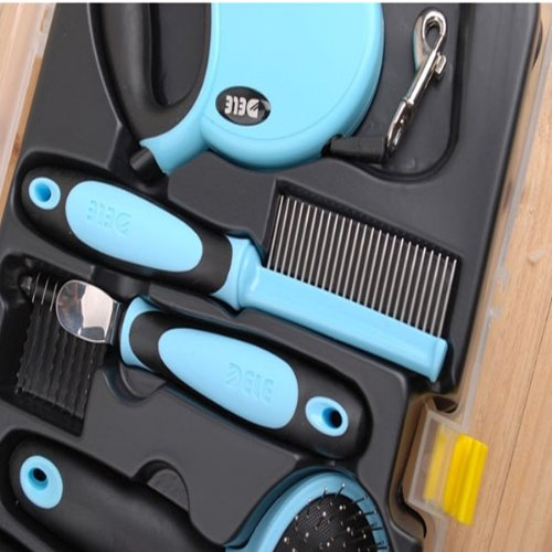 Pet Grooming Tool Set With Retractable Leash Comb Brush Nail Clipper
