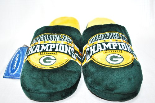 - GREEN BAY PACKERS OFFICIAL NFL SUPER BOWL CHAMPION LOGO PLUSH SLIPPERS SIZE MEDIUM