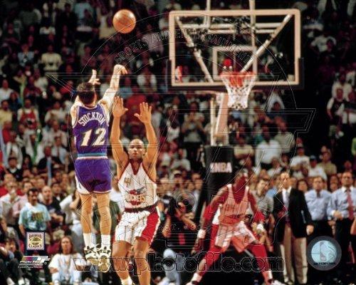 - John Stockton Utah Jazz NBA Action Photo 8x10 #6
