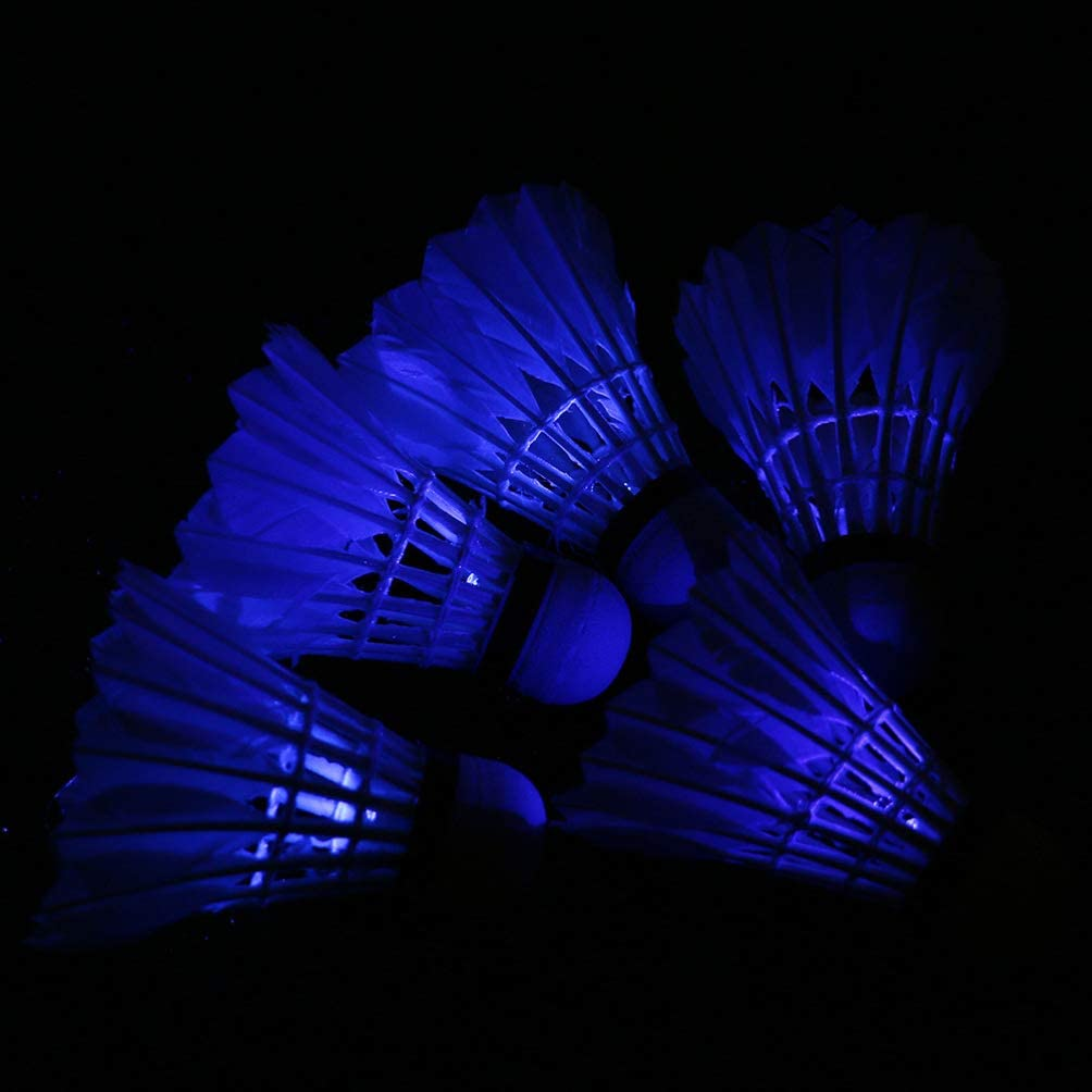 BESPORTBLE 4 Pcs Volants de Badminton /à LED /Éclairent La Boule de Badminton /à Volants /à LED pour Jouer Aux Sports Dint/érieur en Plein Air M/élanger Les Couleurs