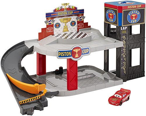 Mcqueen Piston Cup (Mattel Piston Cup Racing Garage)