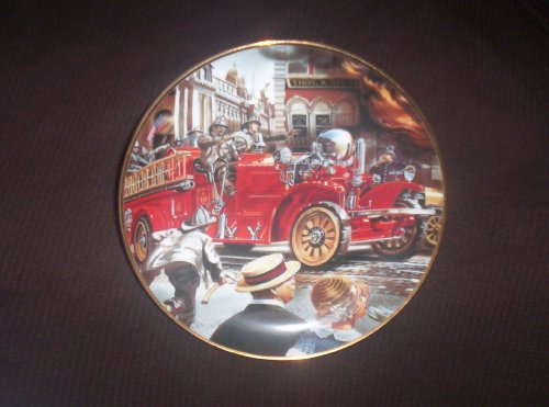 FRANKLIN MINT COLLECTOR'S PLATE THE 1922 AHRENS-FOX PLATE NO# U4781