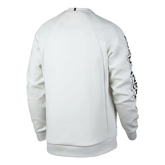 Amazon.com  NIKE Jordan Lifestyle Flight Tech Shield Men s Crew  Clothing 0a9c8c8ea214
