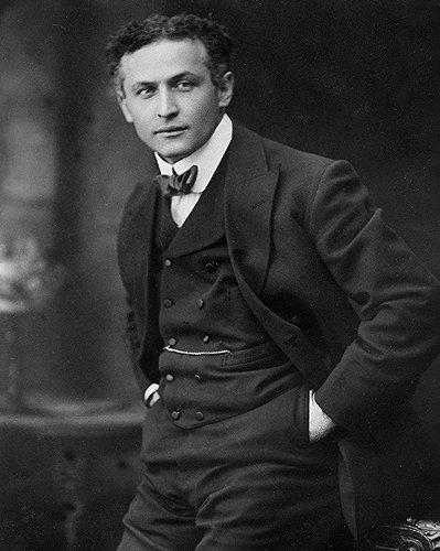 (Reproduction Rare Harry Houdini Harry Handcuff Houdini Escape Artist Print Photo)