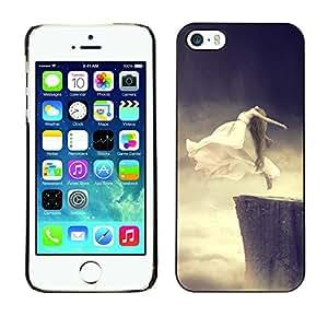 Qstar Arte & diseño plástico duro Fundas Cover Cubre Hard Case Cover para Apple iPhone 5 / iPhone 5S ( Flying Ghost Jump Cliff Base Woman Art White)
