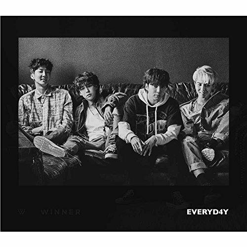 (YG Entertainment Idol Goods Fan Products YGeShop WINNER SECOND ALBUM [EVERYD4Y] Night Ver.)