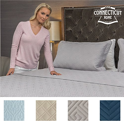 The Connecticut Home Company Luxury Bedspread Quilt Collection, 3-Piece includes Shams, Oversized and Thick, Quilted Pattern, Top Choice by Decorators, Machine Washable (Gray-Maze: King)