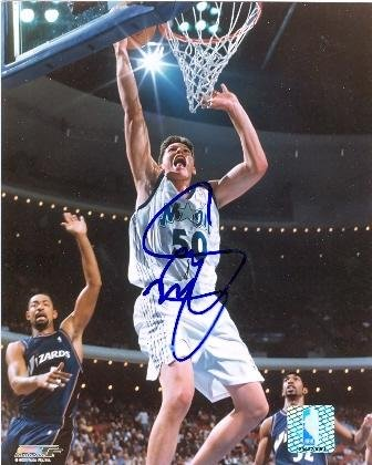 Signed Mike Miller Photo - 8x10) - Autographed NBA - Mike Miller Nba