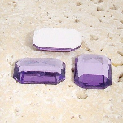 PlasticBeadsWholesale Jewel-Tone Faceted Octagon Cabochons | Plastic Acrylic Lucite Flatback Beads for Jewelry Making | Light Amethyst Jewel Tone Color 40x30mm Sold in Lots of 12