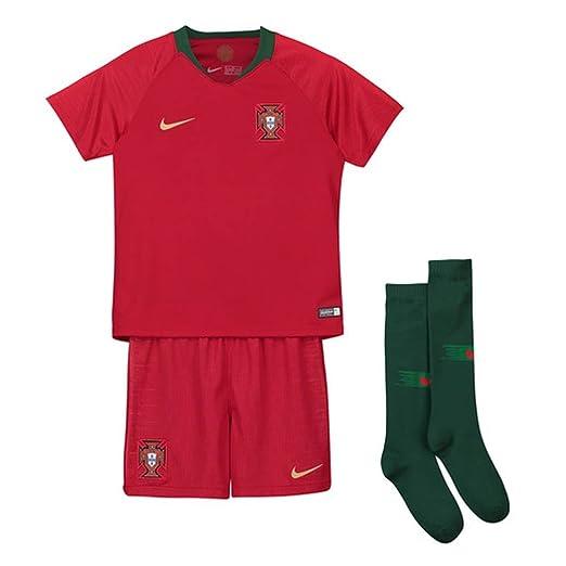 d7cc9636a6b Amazon.com: Nike 2018-2019 Portugal Home Mini Kit: Sports & Outdoors