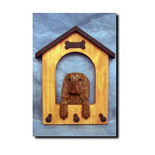 Michael Park Sussex Spaniel Doghouse Leash Holder 1