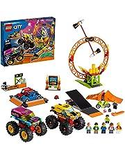 LEGO 60295 City Stuntz Stuntshow-Arena, zestaw z 2 trucks Monster Truck, 2 samochodziki zabawkowe, motocykl napędzany kołem zamachowym, opony ogniowe i 6 minifigurkami