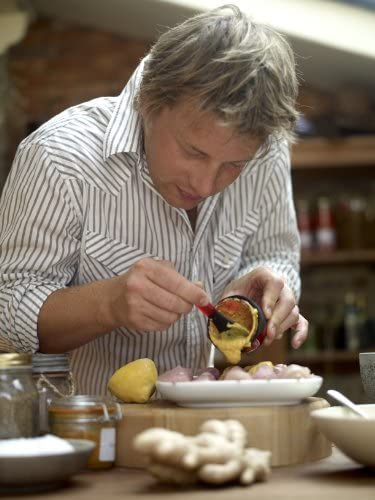 Red Jamie Oliver J21000 Flavour Shaker Spice and Marinade Shaker