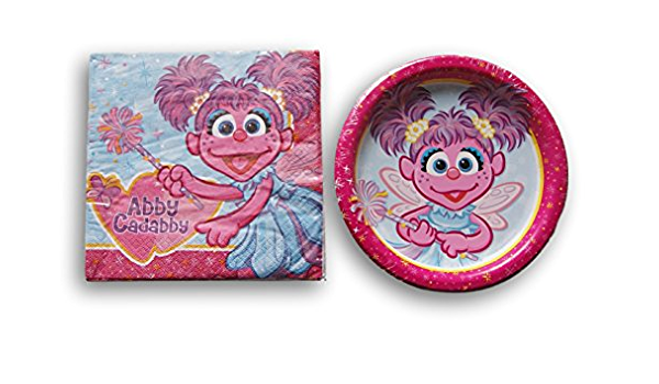 NEW IN PACKAGE  ABBY CADABBY  1 PKG WITH 4 MINI PUZZLES    PARTY SUPPLIES